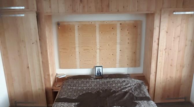 Zolderkamer bed met kast